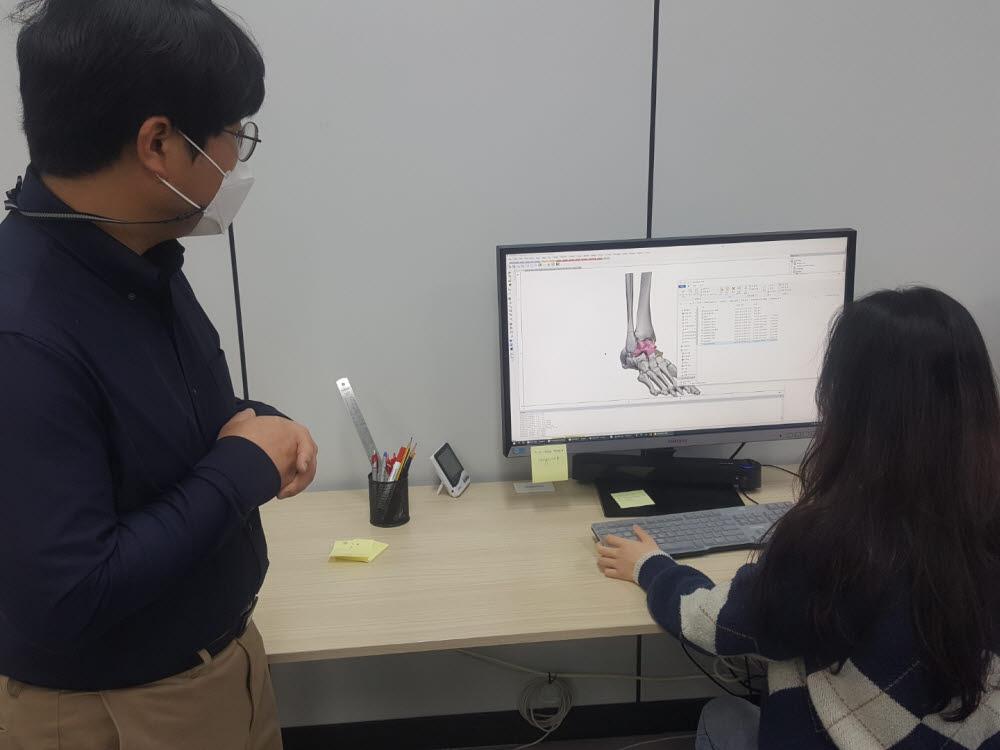 한국기술_3d-프린터-전문-업체_활용사례_한국생산기술연구원 강원본부, 3D 프린팅 기술로 인명 살리기에 기여_2.jpg